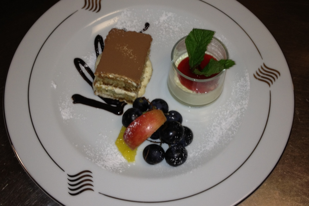 Modomio Anlass Tiramisu Dessert